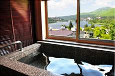 大理石の展望風呂